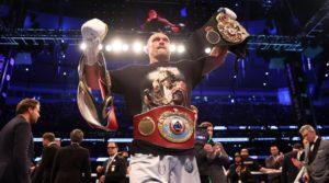 Александр Усик - чемпион мира по боксу в супертяжелом весе